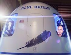 Oggi Jeff Bezos andrà nello spazio. Come seguire la missione