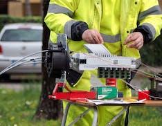 PNRR e Banda Ultralarga: fibra dove non si raggiungono i 300 Mbit/s. Ma le reti resteranno degli operatori
