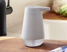 Smart Soap Dispenser di Amazon, anche l'erogatore di sapone diventa smart