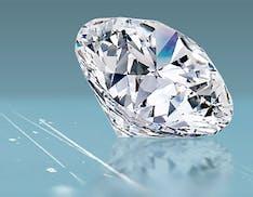Inventato il materiale vetroso che riesce a graffiare il diamante. C'entra il grafene
