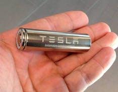 Tesla recupera fino  92% dei materiali delle batterie
