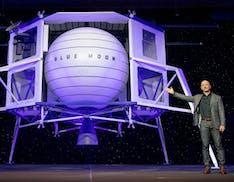 """Blue Origin porta in tribunale la NASA: """"Scegliere SpaceX come unico fornitore di lander lunari non è stato equo"""""""