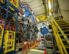 Fisici americani hanno creato materia dalla luce (virtuale) per la prima volta
