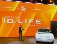 Con il concept ID.LIFE Volkswagen accelera la transizione. Il modello di serie costerà tra 20.000 e 25.000 euro