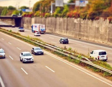 Arriva il cashback dei pedaggi: come funziona il rimborso per i ritardi sulle autostrade