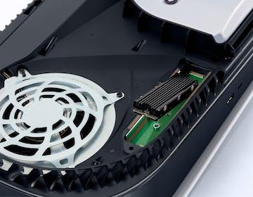 L'aggiornamento per PS5 permette di espandere lo spazio di archiviazione con dischi SSD M.2