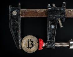 Le criptovalute sono illegali. La Cina mette totalmente al bando Bitcoin e soci, che crollano