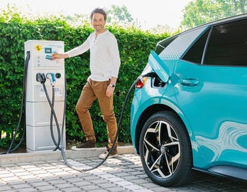 Ad agosto le vendite di auto elettrificate in Europa hanno superato il diesel