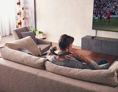Il cinema a casa, anche da indossare: fra i nuovi prodotti audio di Sony c'è anche un altoparlante da mettere al collo