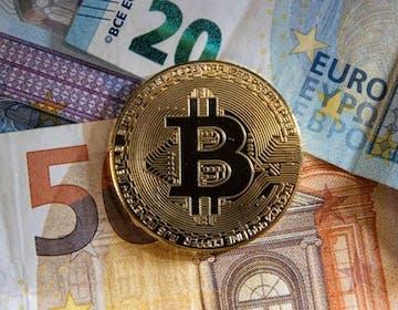 La SEC pronta a dare il via libera ai futures su criptovalute e il Bitcoin vola oltre i 60.000 dollari