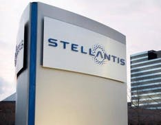 Joint venture tra Stellantis e LG Energy per costruire un'enorme Gigafactory di batterie in America