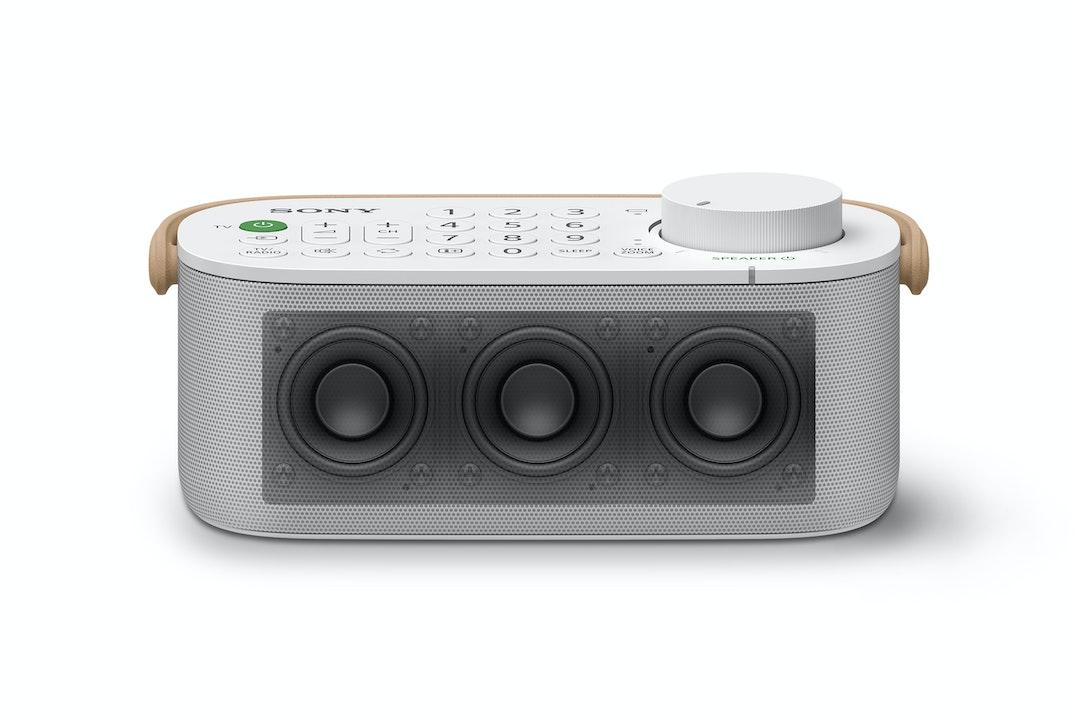 Arriva lo speaker wireless Sony perfetto per chi sente poco: l'audio del TV  ti sta vicino | DDay.it