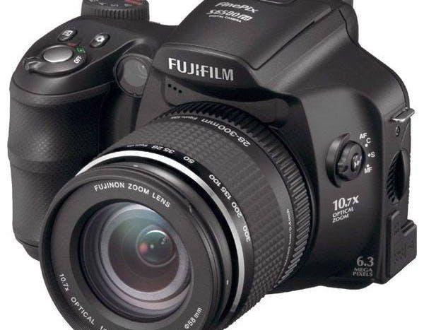 Fujifilm Finepix S6500F