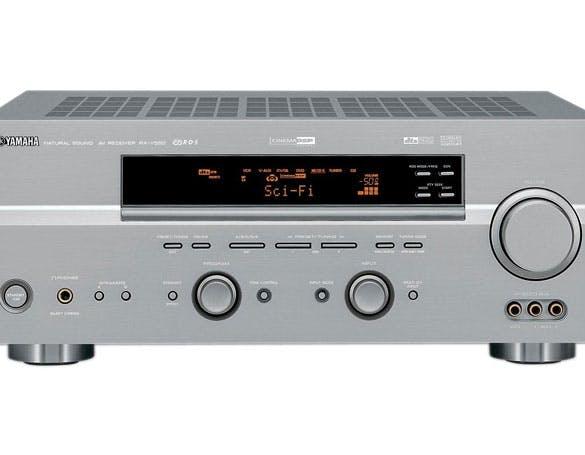 Yamaha RX-V550