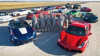 "Tesla Model S ""distrugge"" Ferrari, Porsche e McLaren. Tutto da vedere"